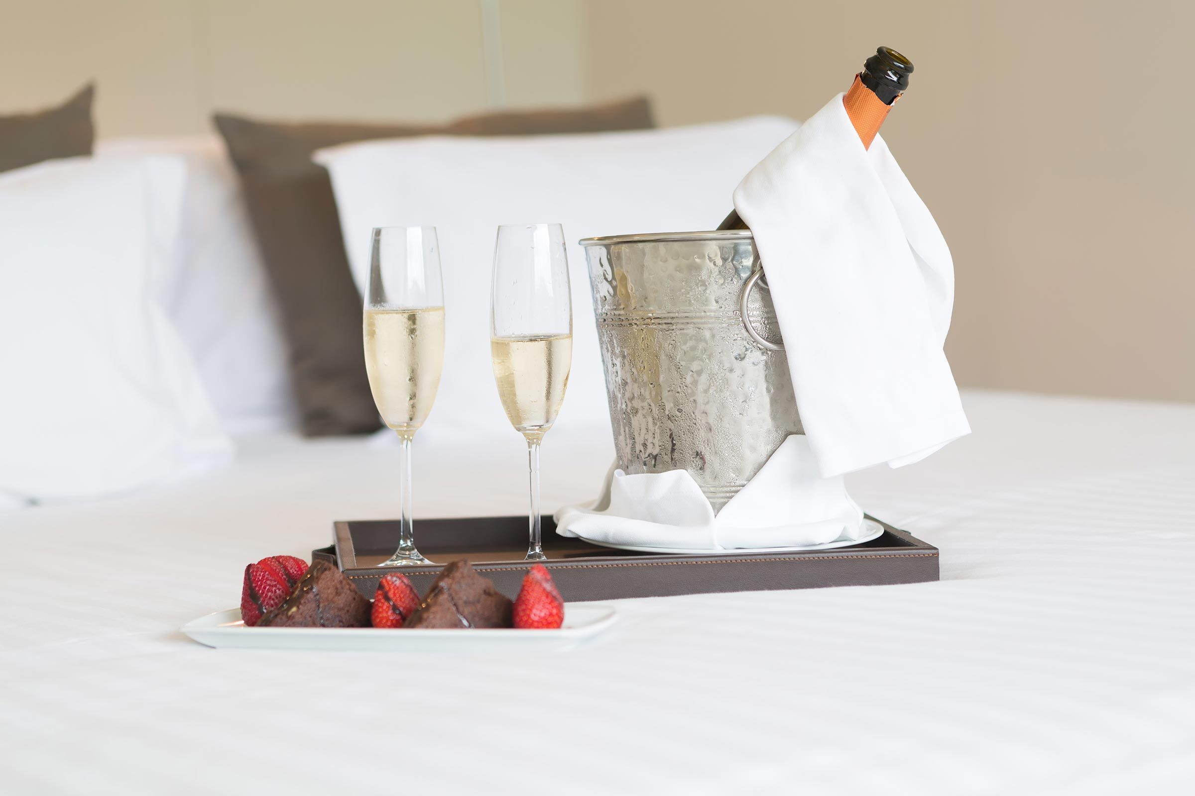 room service champagne. How to be romantic