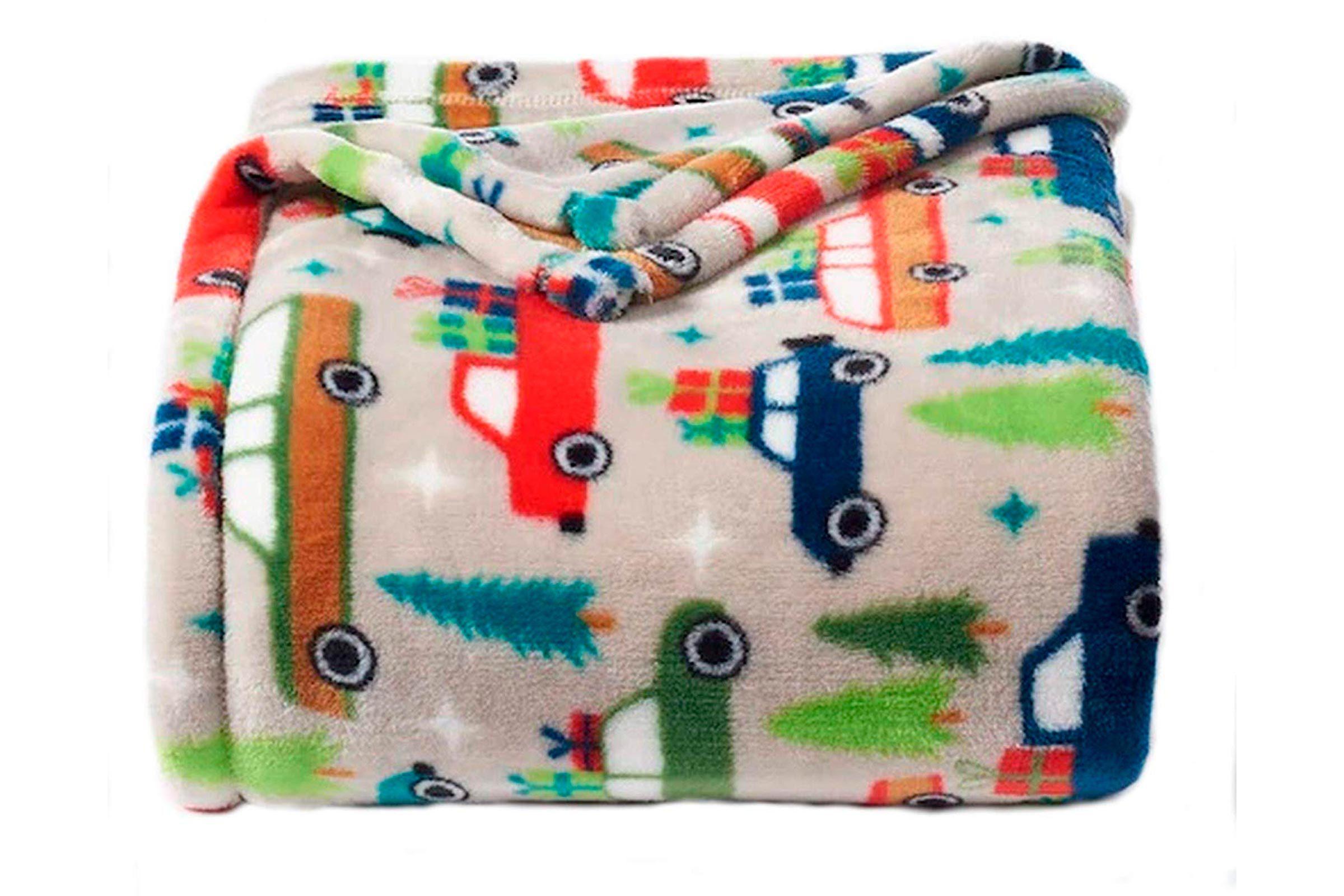 Oversized plush throw blanket