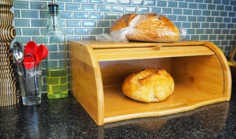 keep bread fresh