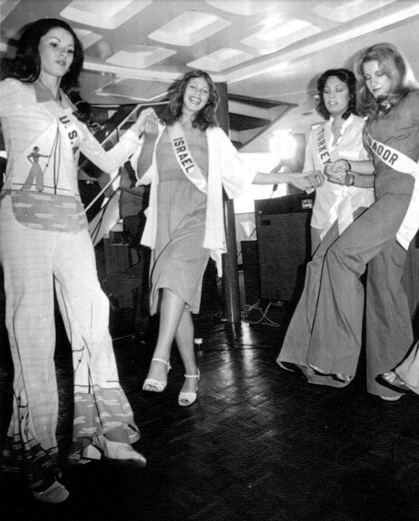 1976 Miss Israel teaching other pagaent members a dance