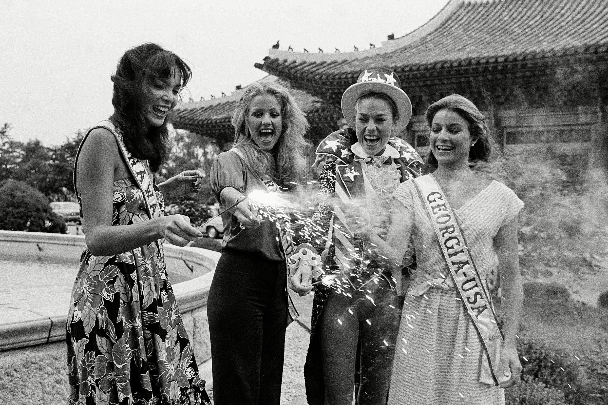 1980 Miss Universe United States contestants celebrate the Fourth of July