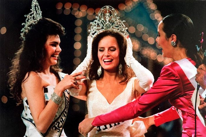 Miss Chile crowned Miss Universe at 1987 pageant
