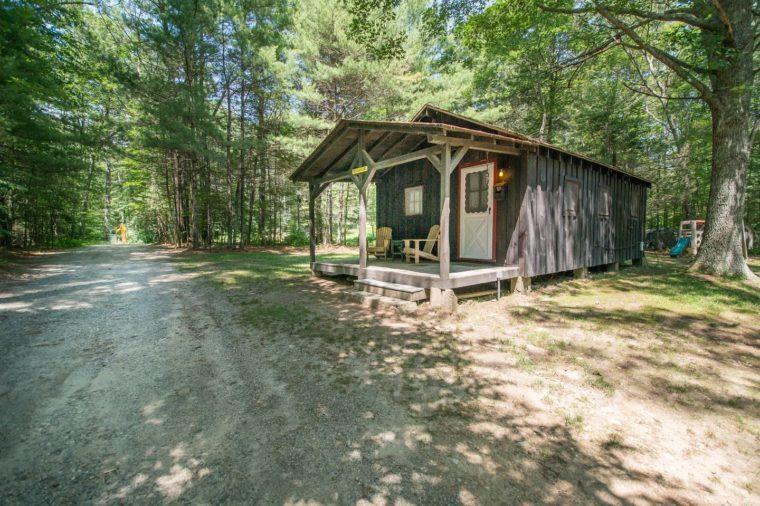 Vinola-Lakeside Cabin on Beach Pond with Sauna