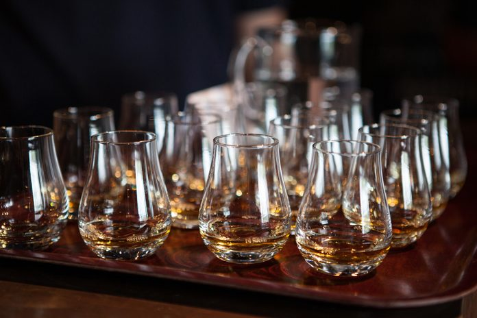 Whiskey tasting, 10 year old Single Malt in Scotland