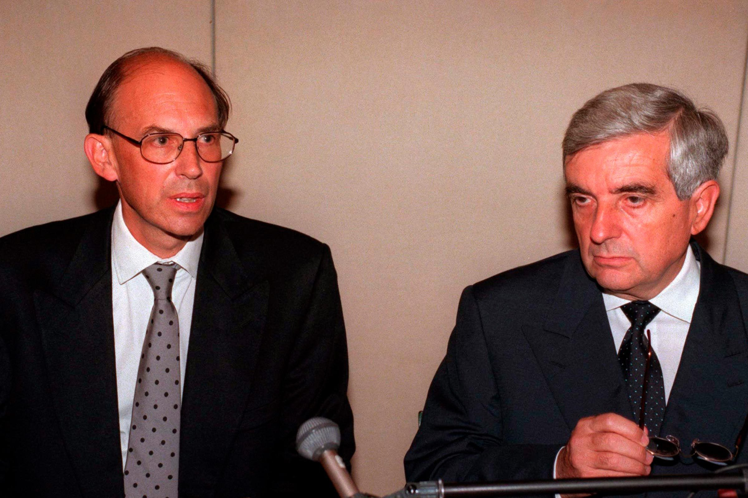 Princess Diana death, British ambassador to France Michael Jay (left)