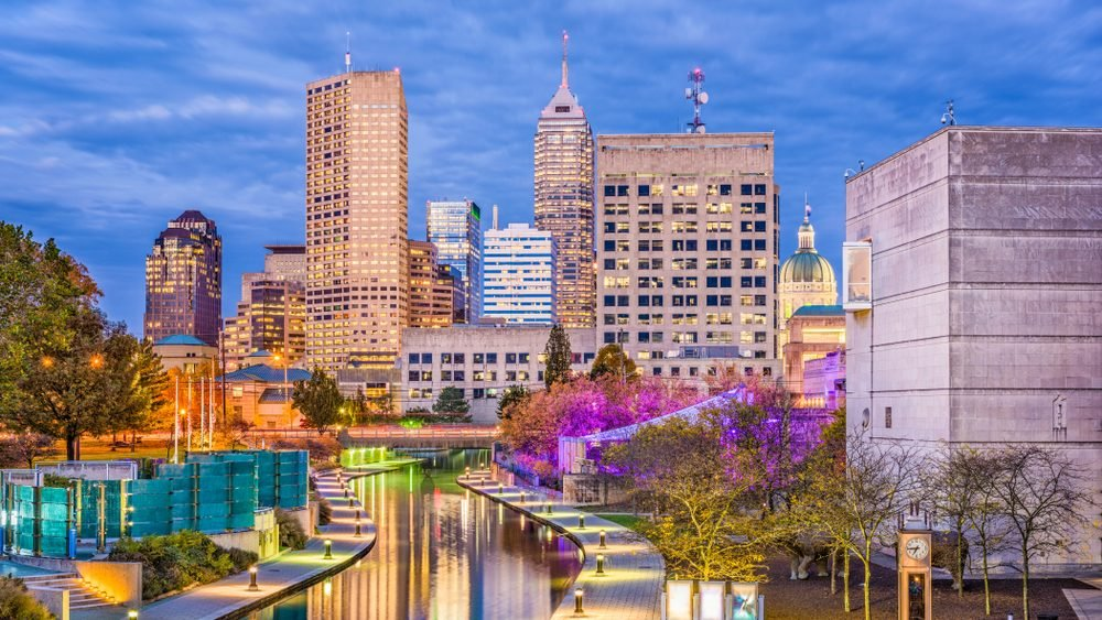 Indianapolis, Indiana, USA skyline and canal.