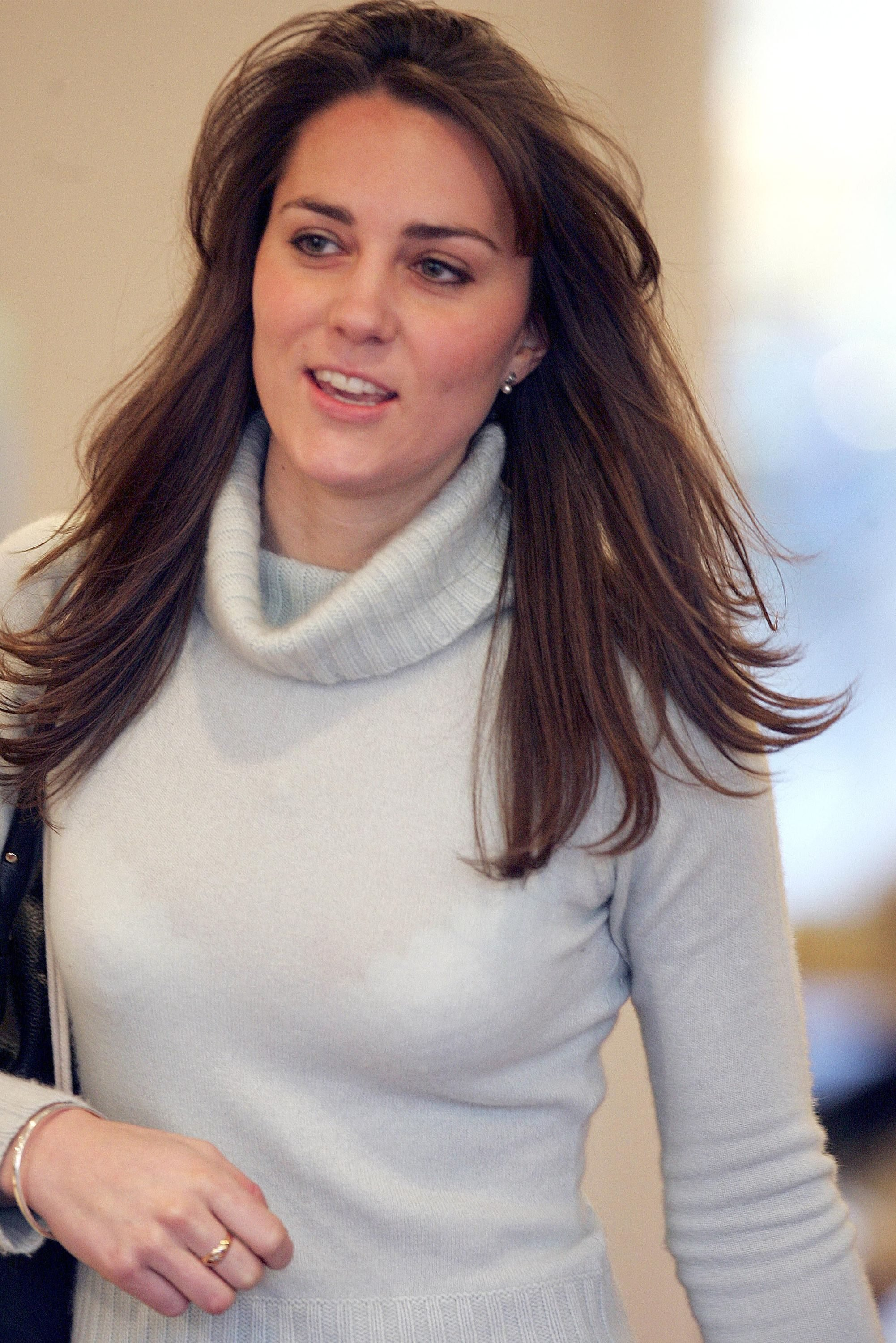 Breaking News - Kate Middleton Pregnant: Duchess of Cambridge Expecting with Husband Prince William, Palace Confirms - and It May Be Twins