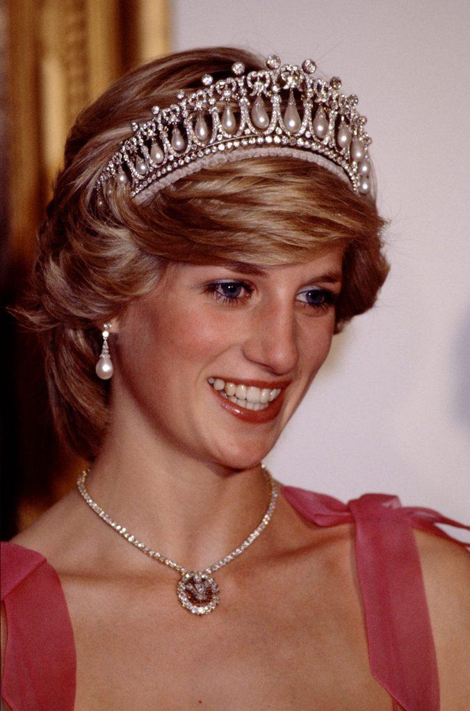 Princess Diana cambridge lover's knot tiara