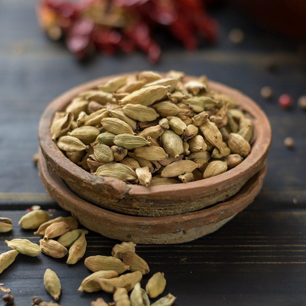 Raw Organic Cardamom Pods Ready to Use - ancient ayurveda medicine and tasty spice; Shutterstock ID 551261716; Job (TFH, TOH, RD, BNB, CWM, CM): Taste of Home