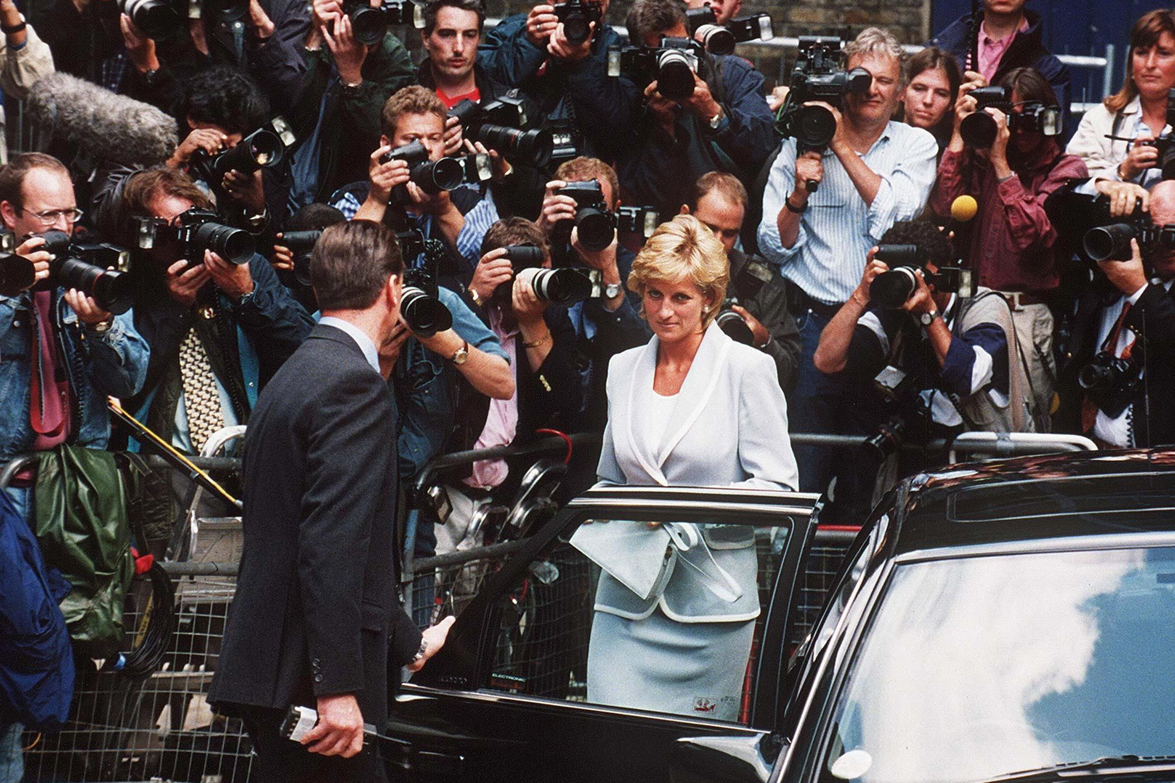 The Clever Way Princess Diana Kept the Tabloids from Talking About Her Haircut
