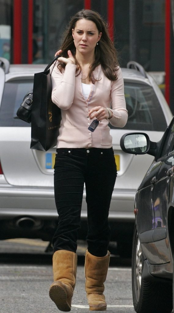 KATE MIDDLETON OUT AND ABOUT IN LONDON, BRITAIN - 25 APR 2006