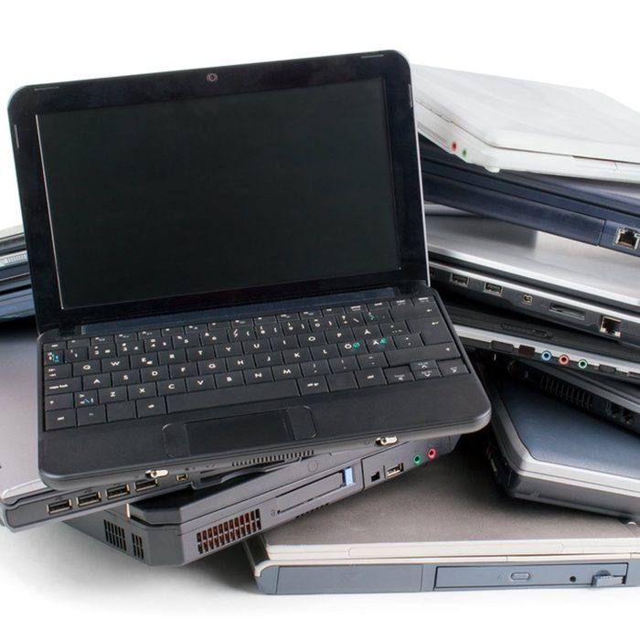 shutterstock_605370098 old laptop computers