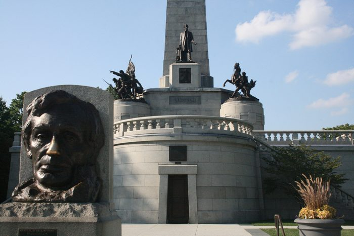 Springfield, Illinois USA - August 8, 2009: Abraham Lincoln's Tomb