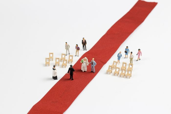 Wedding Figurines with the fun of mini world
