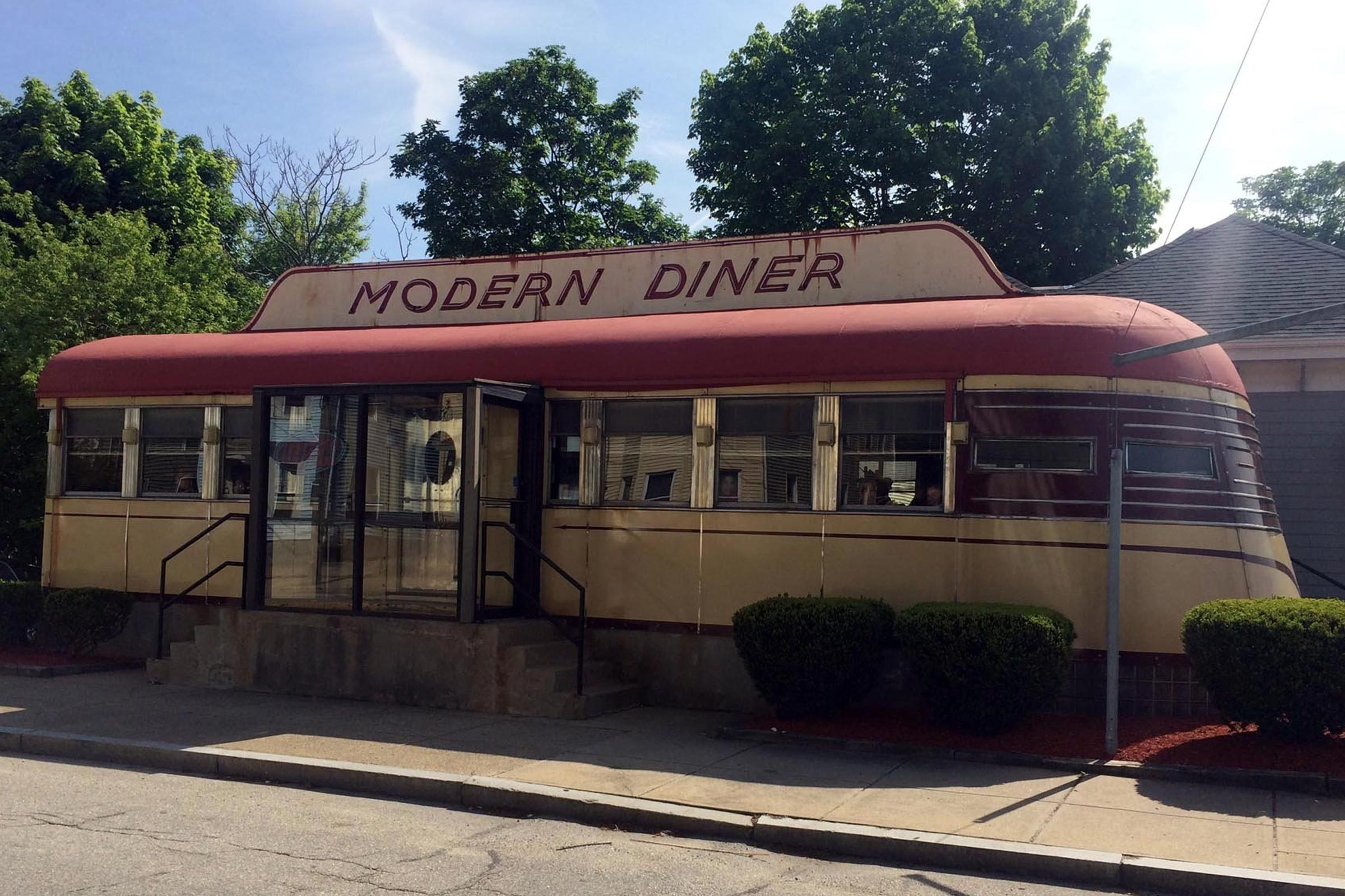 Modern Diner, Pawtucket