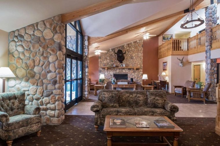 AmericInn Lodge & Suites Belle Fourche