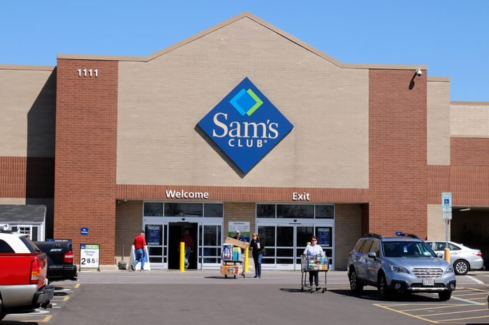 Dayton - Circa April 2018: Sam's Club Warehouse. Sam's Club is a chain of membership only stores owned by Walmart II