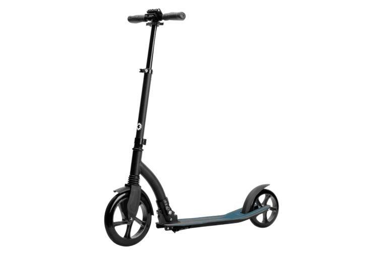 Jetson Midnight Adult Kick Scooter - Black