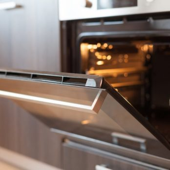 The Little-Known Trick to Cleaning Your Oven Without Scrubbing
