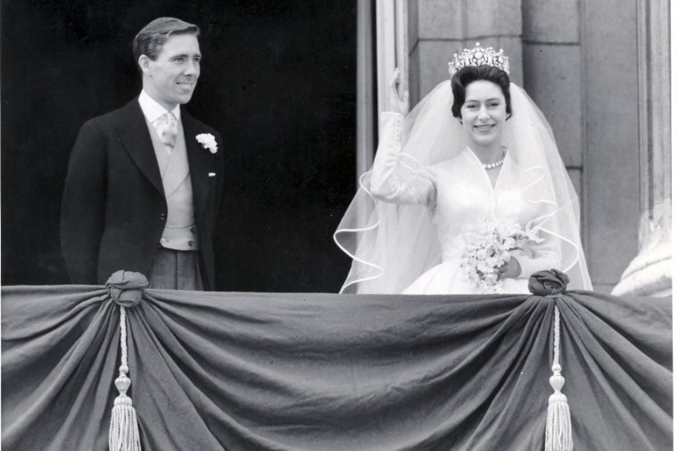 Princess Margaret''s Wedding Princes Margaret And Mr Antony Armstrong-jones (lord Snowdon) Were Married At Westminster Abbey. The Bride And Bridegroom On The Balcony At Buckingham Palace.