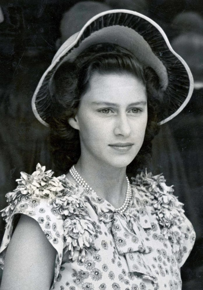 Royal Portrait Of Hrh Princess Margaret Rose Seen Here In 1947... Fashion / Hats / Forties ...royalty