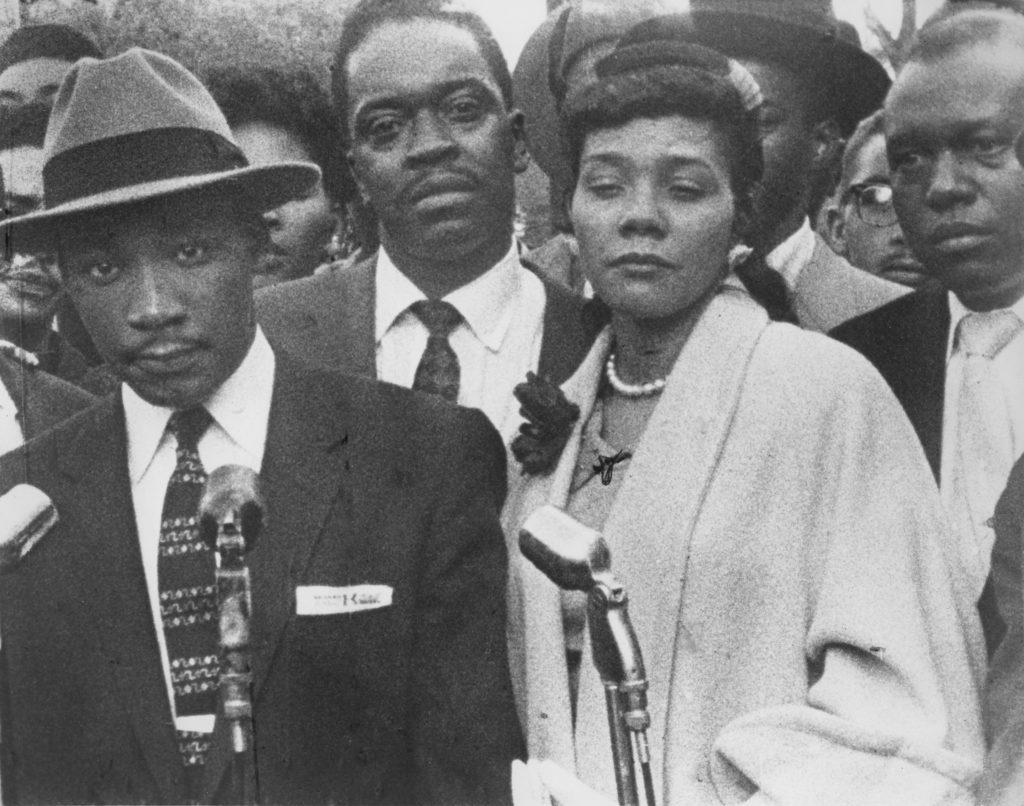 14 Rarely Seen Photos of Martin Luther King,...