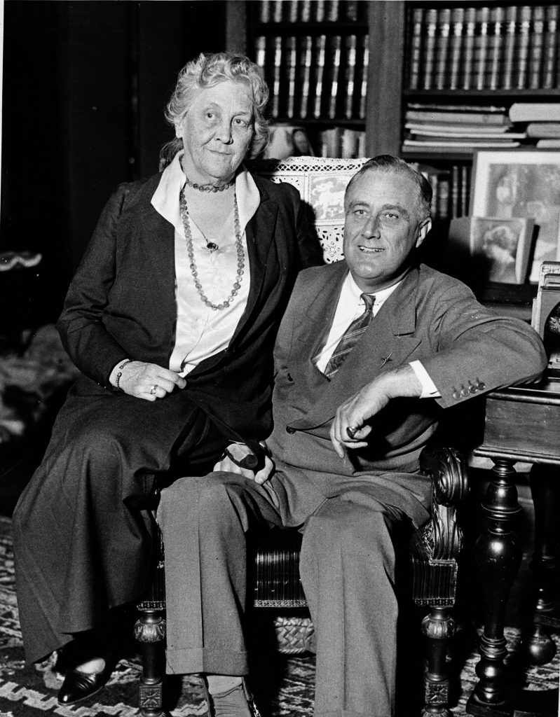 FRANKLIN ROOSEVELT MOTHER SARA, HYDE PARK, USA