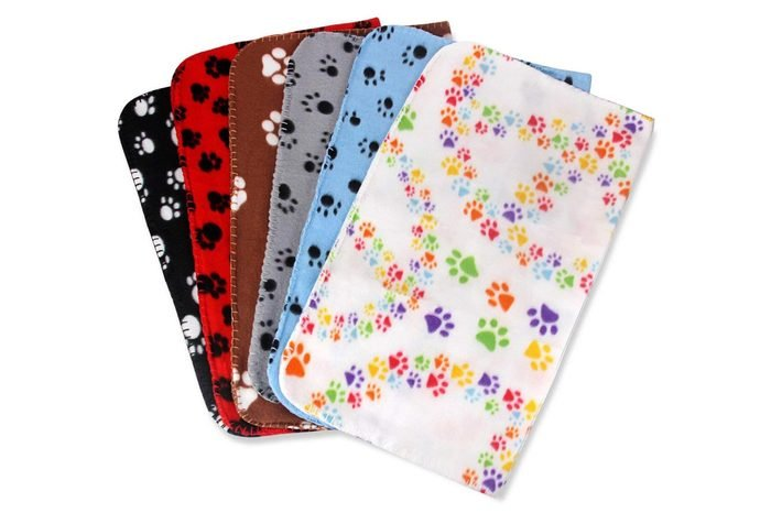 Comsmart Pet Blanket Warm Dog Cat Fleece Blankets Sleep Mat Pad Bed Cover with Paw Print Soft Blanket for Kitten Puppy and Other Small Animals