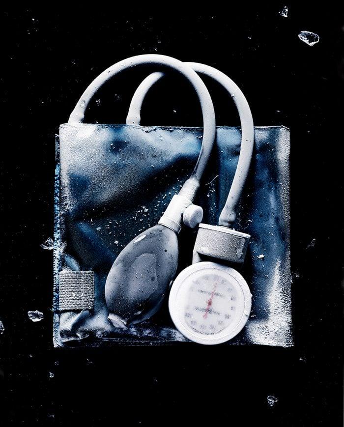 blood pressure device frozen