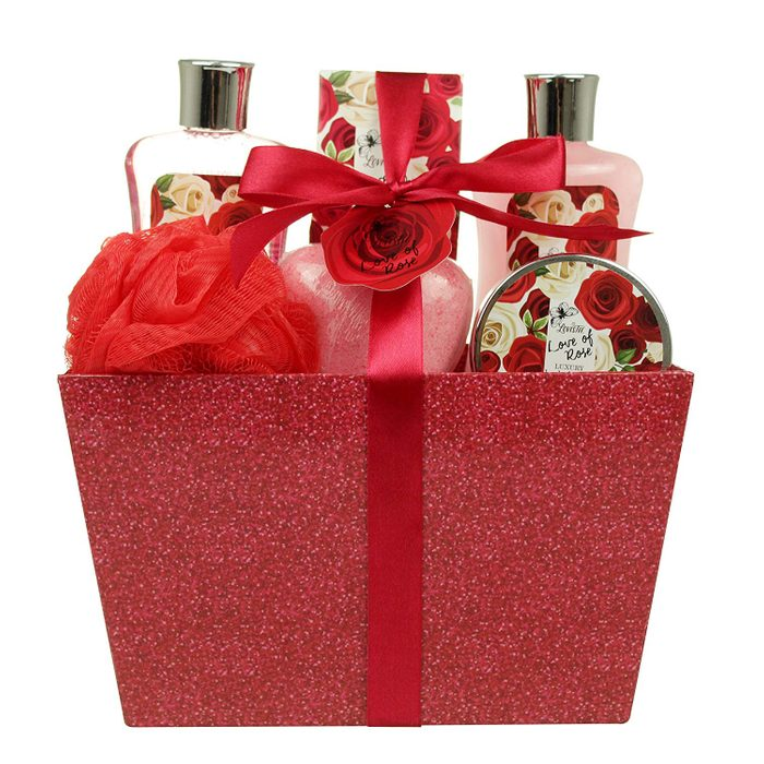 valentines day bath and body gift set