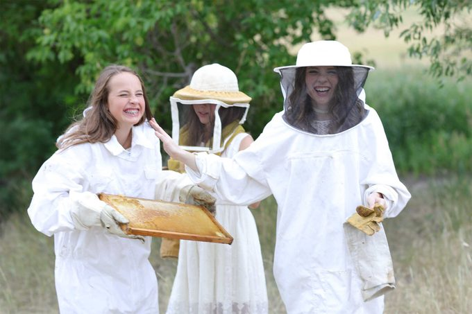 Sweet Bee Sisters