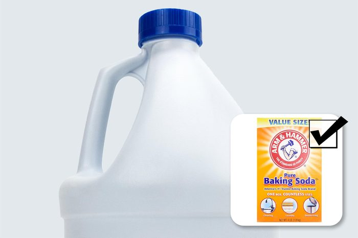 toxic bleach. what to buy instead. baking soda.