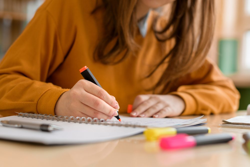 How This Student Made $1,500 by Taking Notes | Reader's Digest