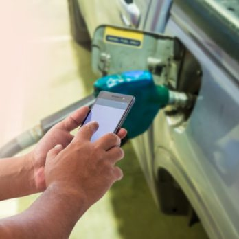 Here's Why You Should Never Use Your Phone When Pumping Gas