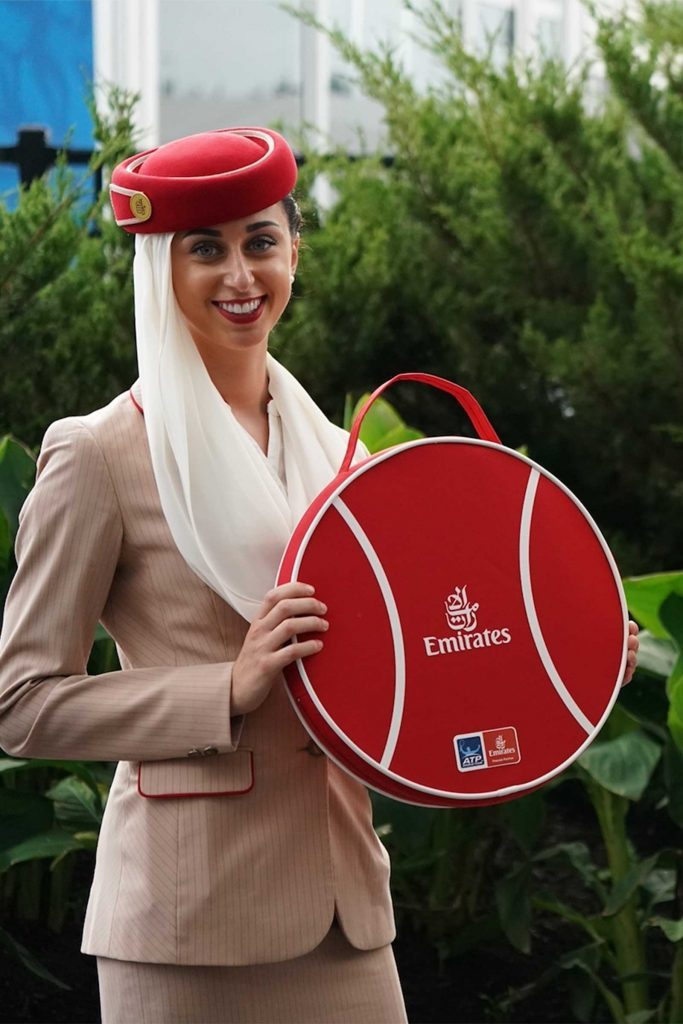 flight attendant emirates