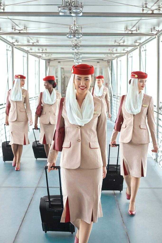 flight attendants emirates