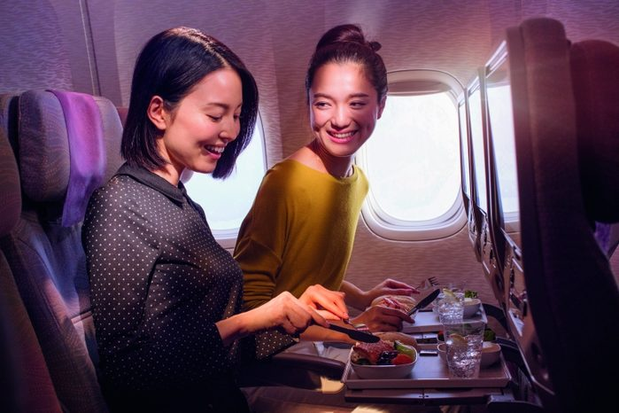 passengers emirates
