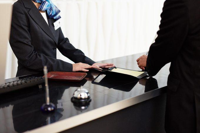 hotel reception concierge