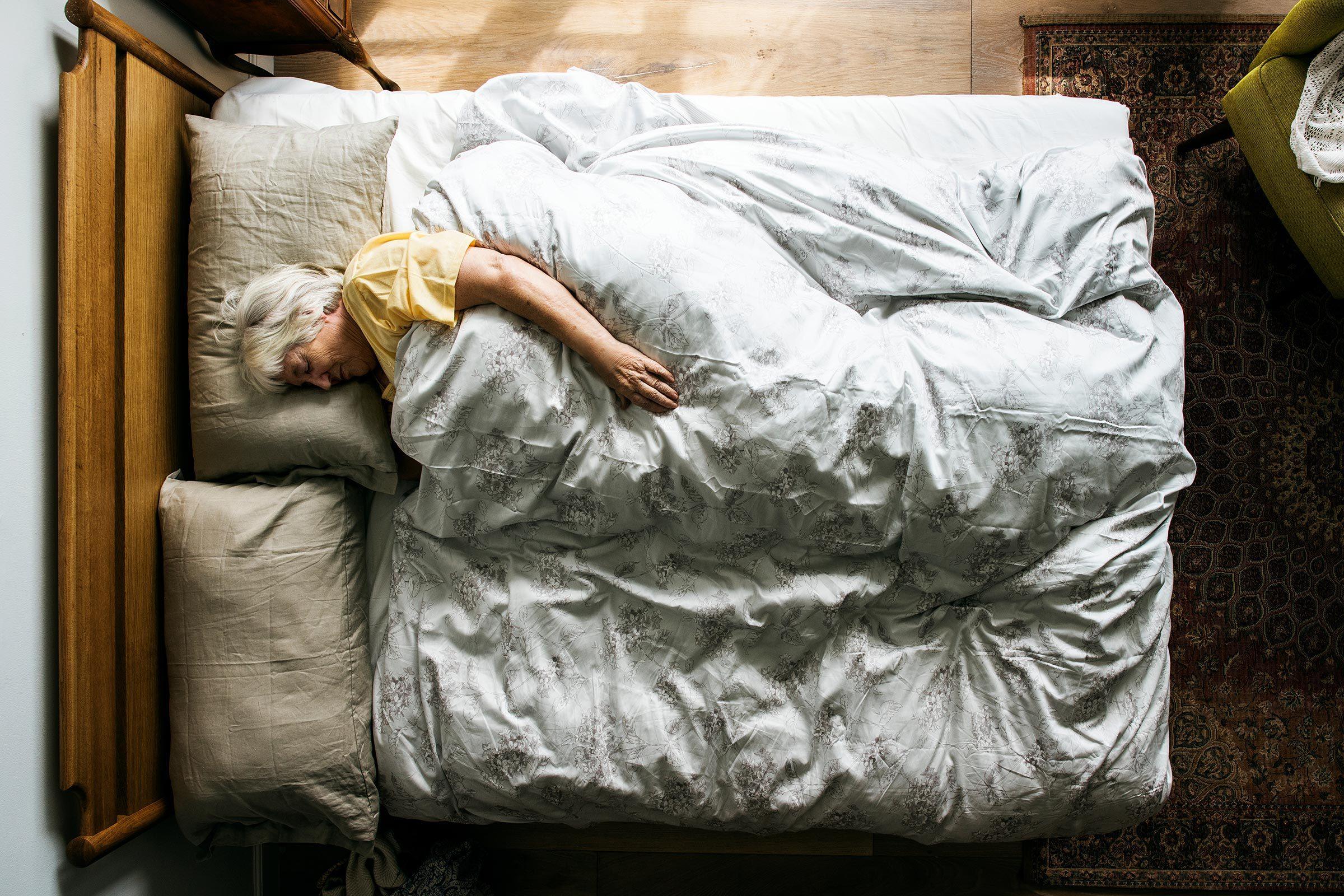 sleep elderly bed overhead alzheimer's disease