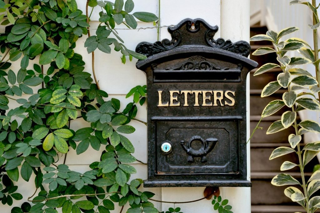 letters mailbox plants