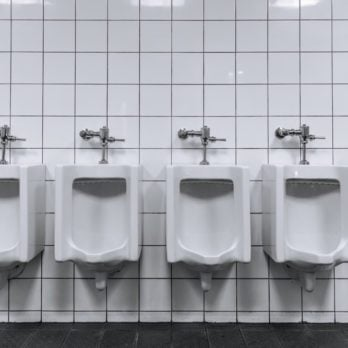 14 Bathroom Etiquette Rules People Break All the Time—but Shouldn't