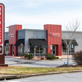 This Is Why Chipotle Refused to Have Drive-Through Lanes—Until Now