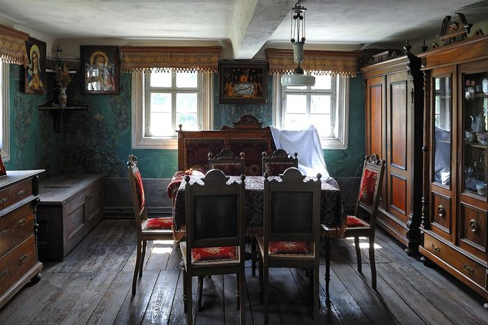 Living room, circa 1900, in a farmhouse from Kleinrinderfeld, built in 1779, Franconian Open Air Museum, Eisweiherweg 1, Bad Windsheim, Middle Franconia, Bavaria, Germany