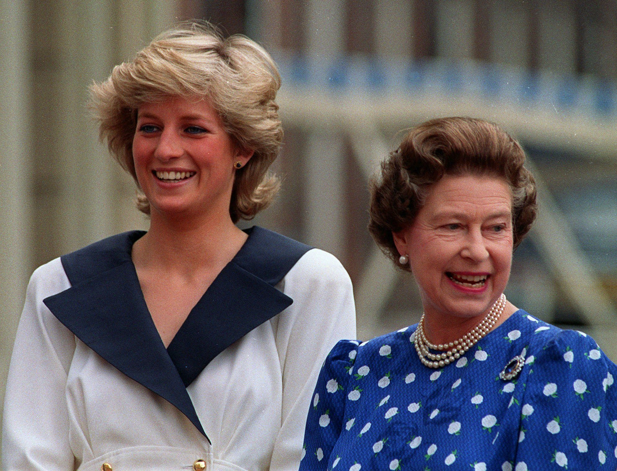 The Letter Queen Elizabeth Ii Wrote After Diana S Death Reader S