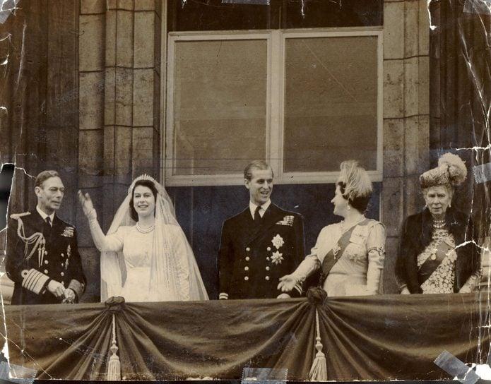 Royal Wedding Balcony Group The Wedding Of Princess Elizabeth (queen Elizabeth Ii) And Prince Philip (duke Of Edinburgh) In 20 November 1947 L-r The King George Vi Princess Elizabeth (queen Elizabeth Ii) Prince Philip (duke Of Edinburgh) The Queen (q