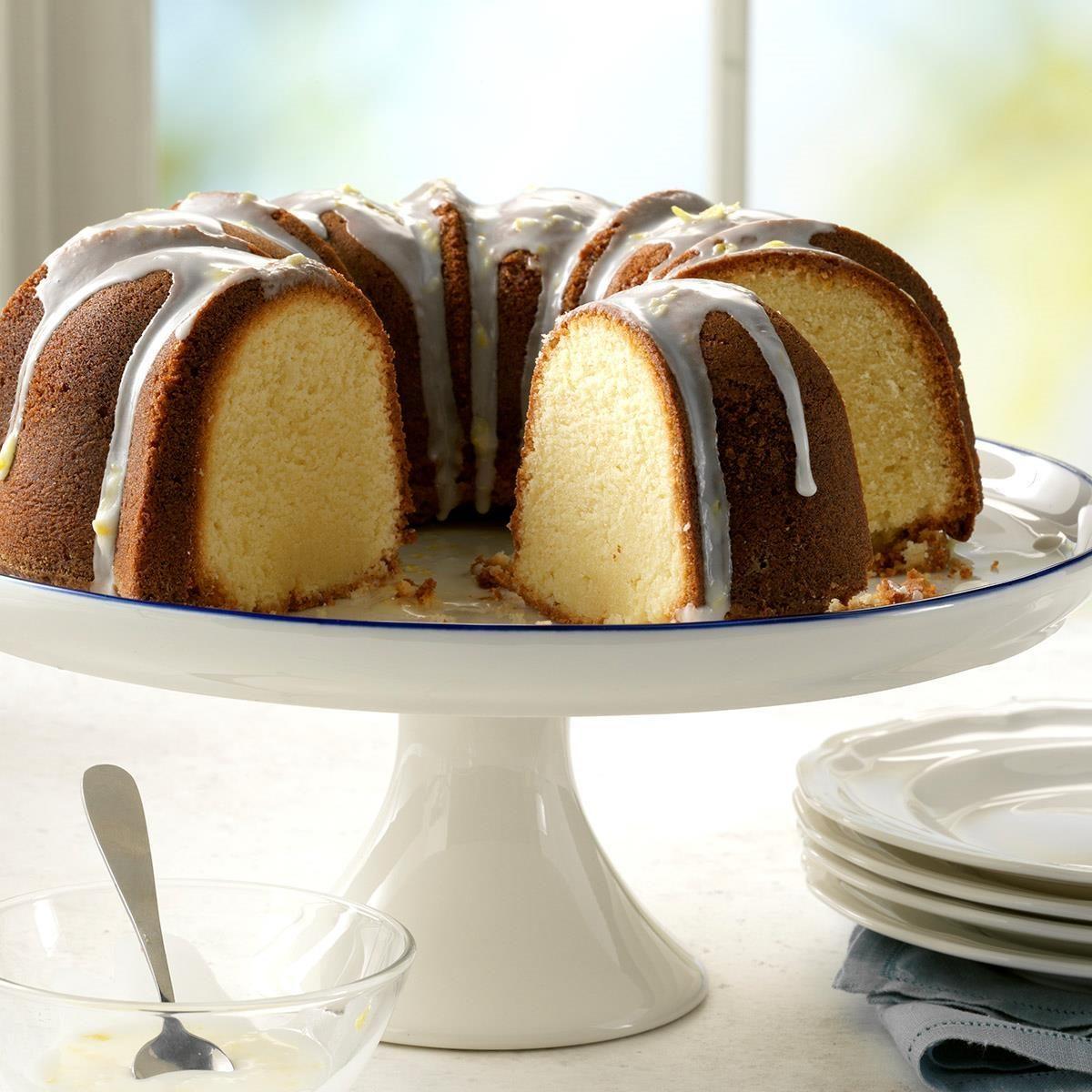 1977: 7-UP Cake