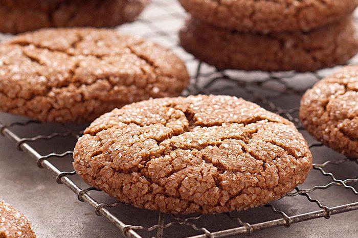 New York: Giant Molasses Cookies