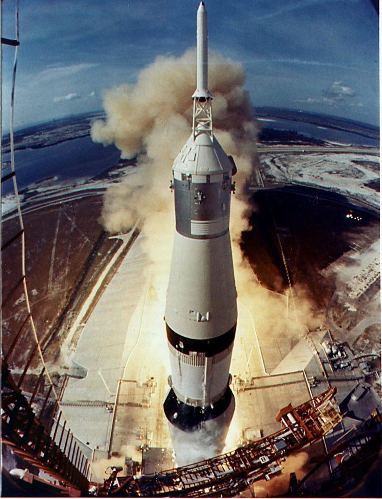 APOLLO 11, 1ST MANNED LANDING ON THE MOON - JUL 1969
