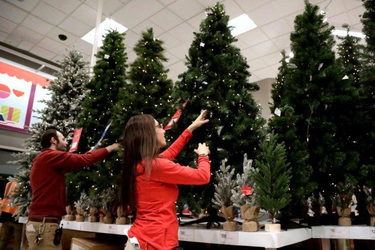 Earns Retailers, Bridgewater, USA - 15 Nov 2018