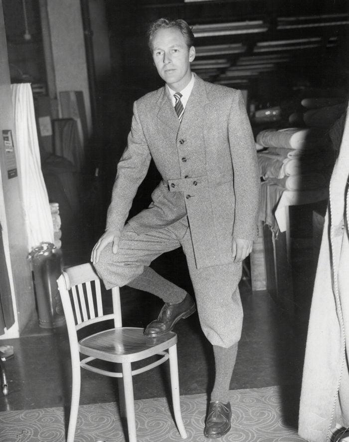 Fashion - Men - 1952 - The Duke Of Edinburgh Norfolk Suit Modelled.